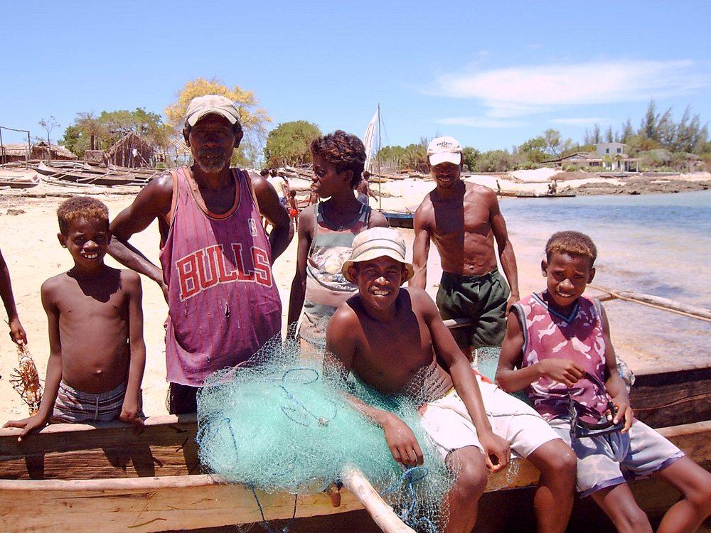 Ifaty fishing family