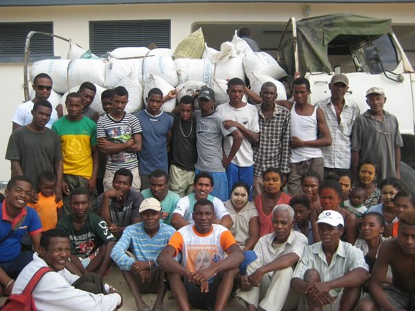 Ifaty farmers with first seaweed sold and ready to be exported